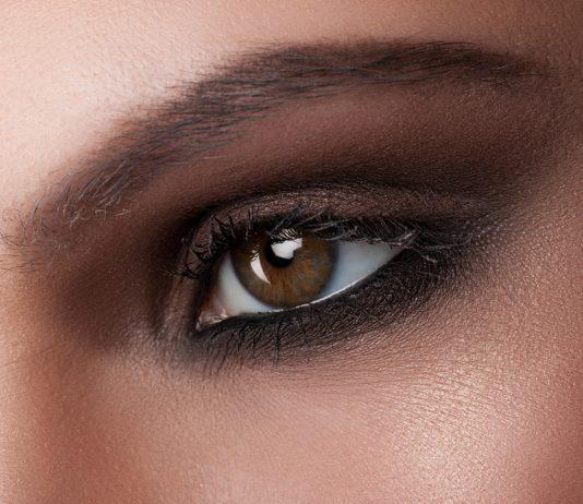 Dumanlı Göz Makyaj