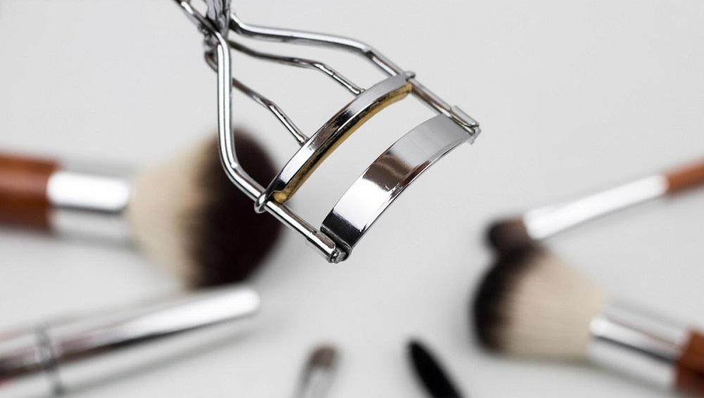 Makyaj malzemeleri temizliği