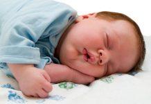 Yeni doğan bebeklerde uykusuzluk